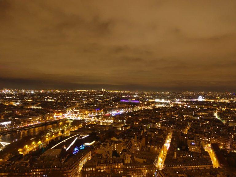 Tour Eiffel - vue du sommet la nuit 2